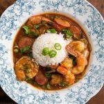Recette de Gombo aux crevettes et saucisse à l'Andouille