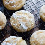 Biscuits froissés à l'orange | Cookies et tasses
