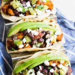 Recette de tacos aux patates douces et aux haricots noirs