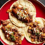 Tacos Campechano avec salsa de rue Cuisine de rue