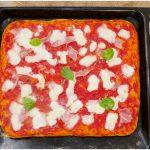 »Pizza à la poêle - Recette de Misya's Pizza à la poêle